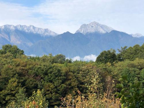 この頃、10月下旬、今、雪は富士山ですら、こんなに無い。明日12月20日どうなるか、?_d0338282_16364012.jpg