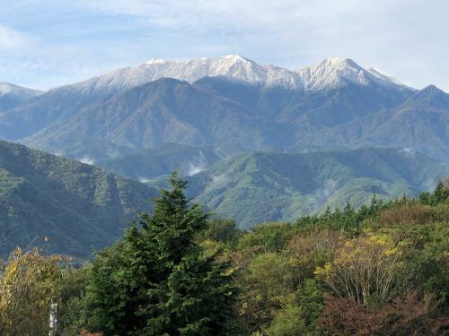 この頃、10月下旬、今、雪は富士山ですら、こんなに無い。明日12月20日どうなるか、?_d0338282_16364226.jpg