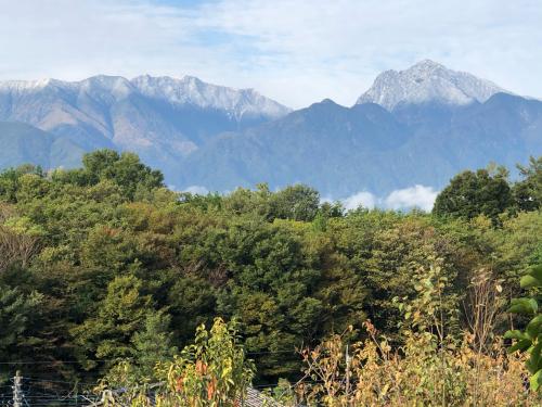 この頃、10月下旬、今、雪は富士山ですら、こんなに無い。明日12月20日どうなるか、?_d0338282_16364390.jpg