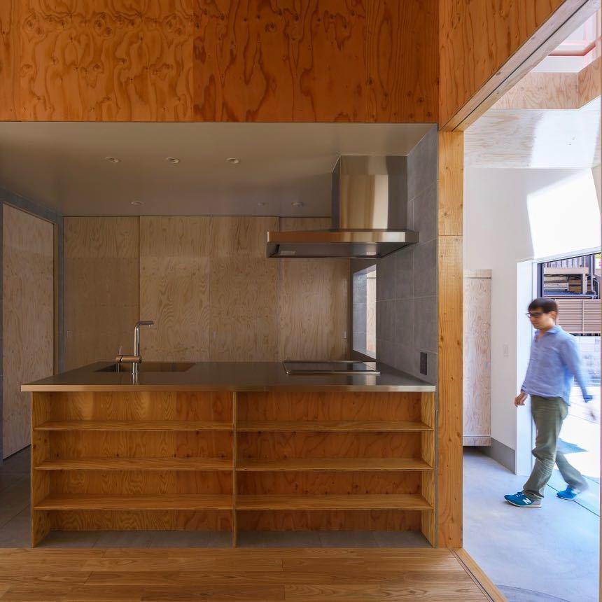 大阪市内の住宅密集地に新築された住宅です。_d0111714_19091687.jpg