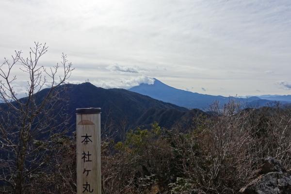 秀麗富嶽十二景 滝子山、本社ヶ丸&清八山。_a0138134_18595142.jpeg