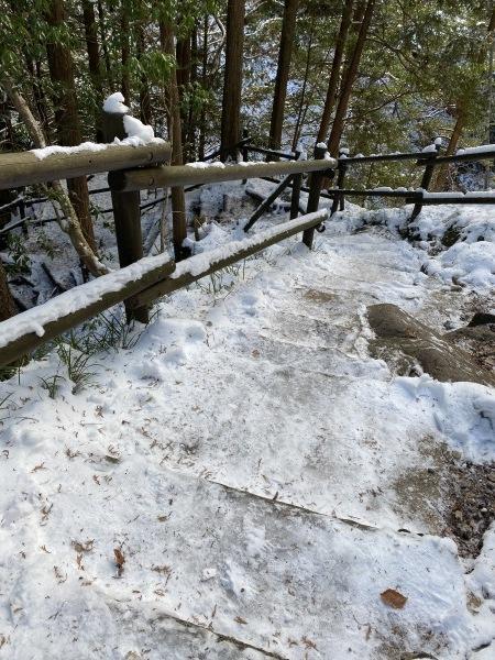 ⚠付知峡不動公園遊歩道凍結注意!_e0020051_14522666.jpg