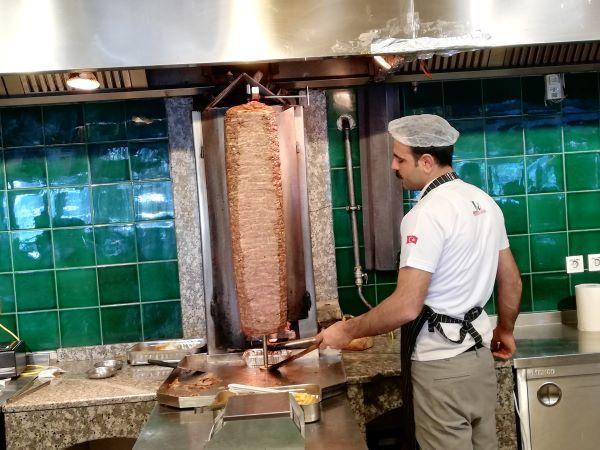 ピラフウストゥ~トルコ風牛丼?_f0232763_10021442.jpg