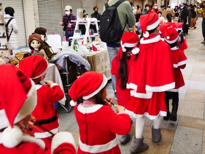 12月のポぽロハスマーケット  ちびっこサンタの行進  2020-12-24 00:00_b0093754_23093340.jpg