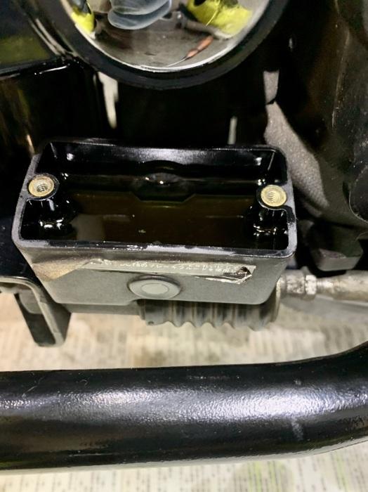 2001 FXDL ブレーキキャリパー丸洗い!_c0226202_21072119.jpeg