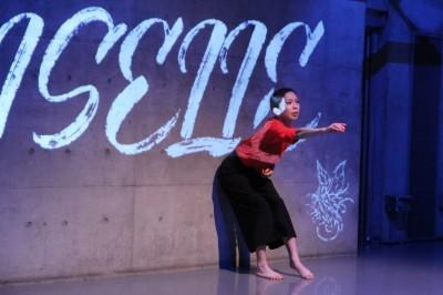今年最後を飾った「ダンスブッリッジ」3組の物語るダンスで幕となる_d0178431_18093869.jpg