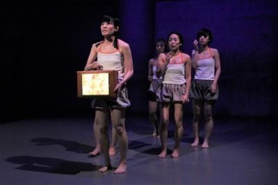 今年最後を飾った「ダンスブッリッジ」3組の物語るダンスで幕となる_d0178431_18282374.jpg