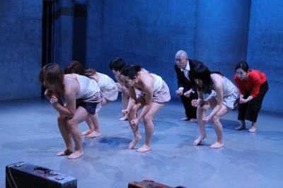今年最後を飾った「ダンスブッリッジ」3組の物語るダンスで幕となる_d0178431_21014283.jpg