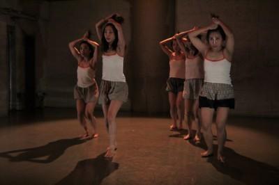 今年最後を飾った「ダンスブッリッジ」3組の物語るダンスで幕となる_d0178431_21354396.jpg