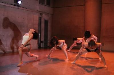 今年最後を飾った「ダンスブッリッジ」3組の物語るダンスで幕となる_d0178431_21365166.jpg