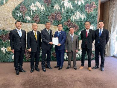 12月9日 農林水産関係の議員連盟が知事要望を実施_d0225737_17381445.jpg