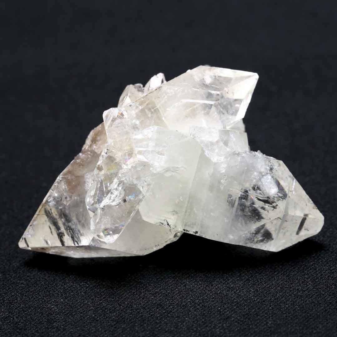 和名:魚岩石の名を持つアポフィライトの原石_d0303974_16530331.jpg