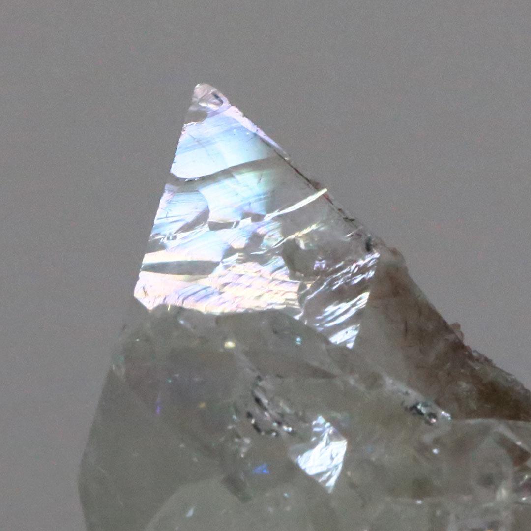 和名:魚岩石の名を持つアポフィライトの原石_d0303974_18393535.jpg