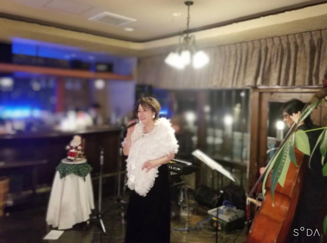 秋谷海岸イタリアンレストラン・ドンでクリスマス☆_d0103296_13110382.jpg