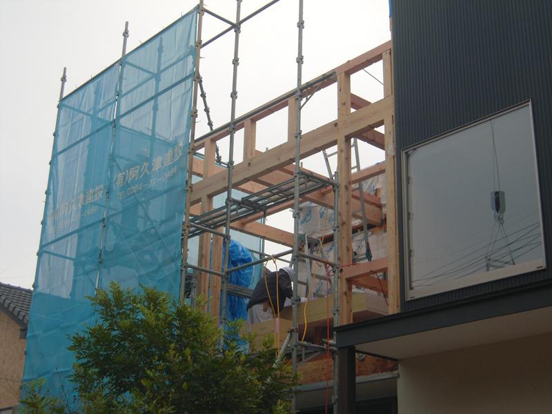 HOUSE-TKTは建て方完了!_c0148401_11510505.jpg