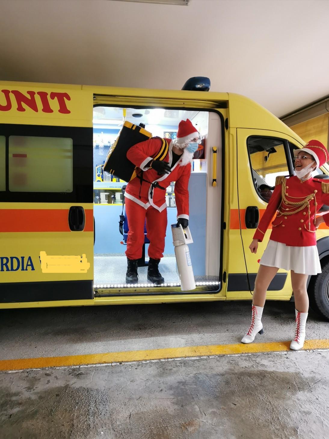 サンタがやって来た!!!_f0106597_18170241.jpg