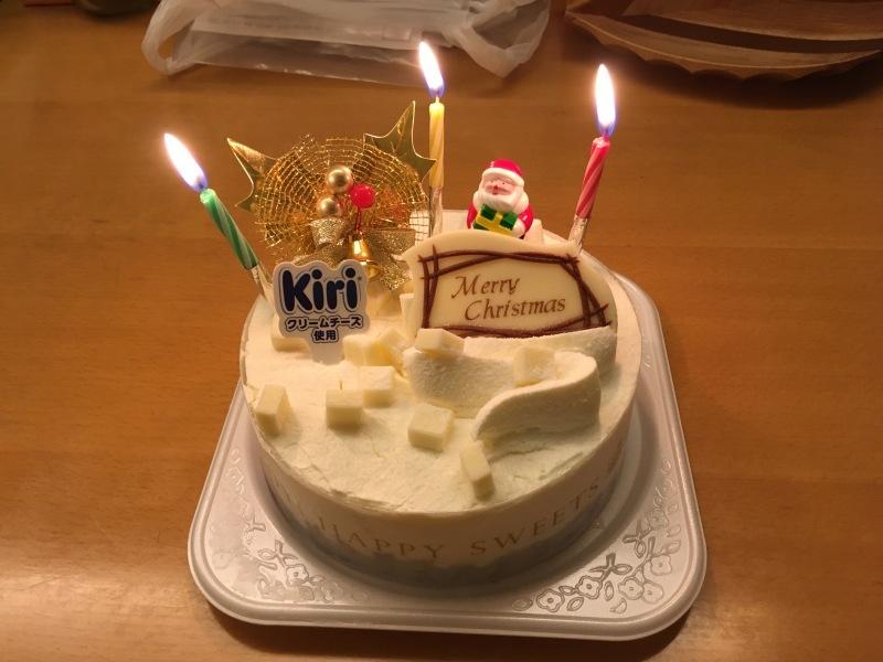 今年のクリスマスはデイリーヤマザキさんにお世話になりました_d0121300_15535363.jpg