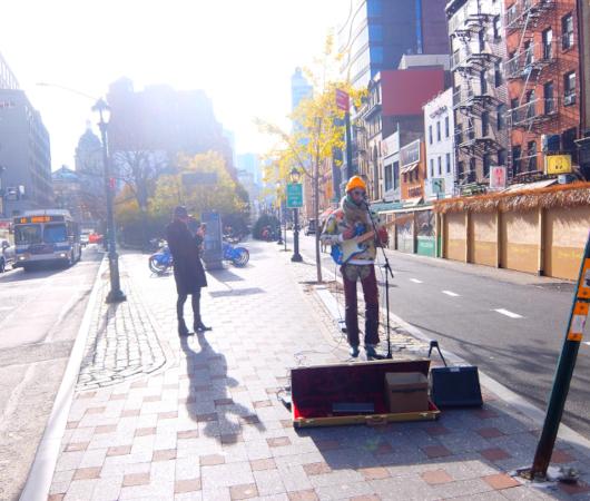 NYお散歩YouTube、『アート→ミュージックな場面』に遭遇_b0007805_22245157.jpg