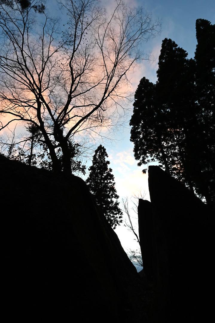 冬至 ー 金山巨石群へ_e0243332_22482747.jpg