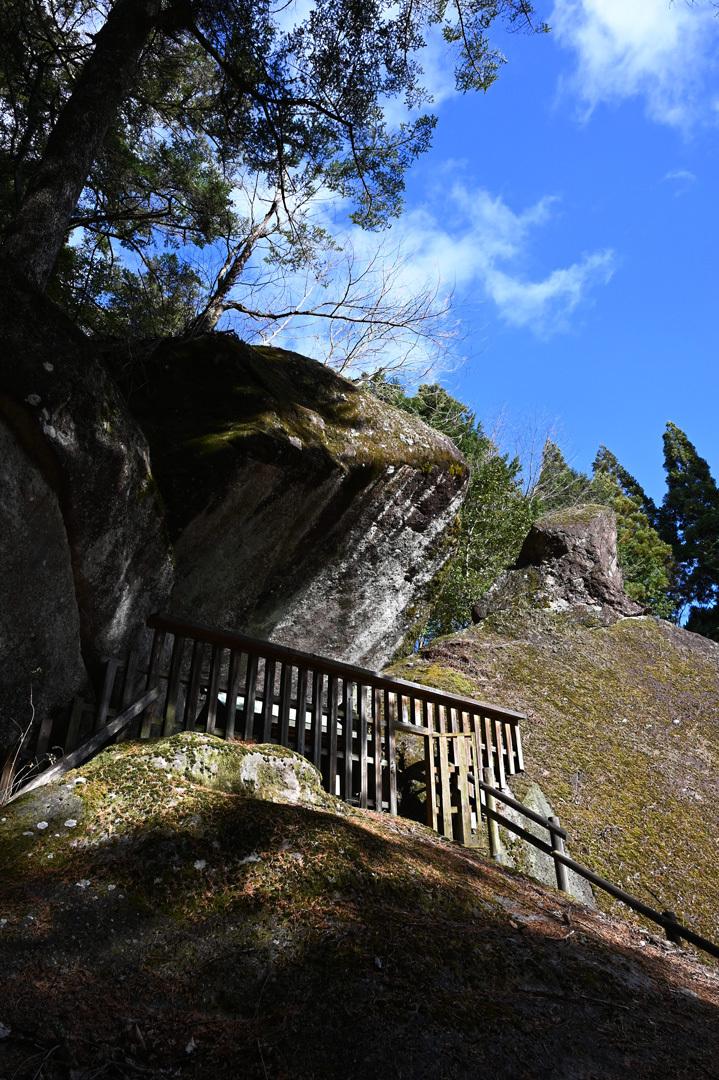 冬至 ー 金山巨石群へ_e0243332_22482790.jpg