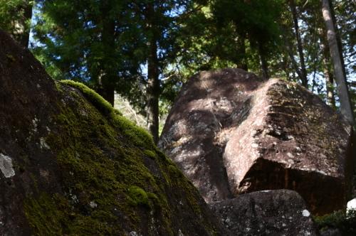 冬至 ー 金山巨石群へ_e0243332_23040653.jpeg
