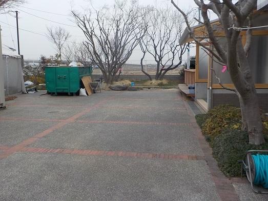 移植樹木のある庭_f0045132_14441382.jpg