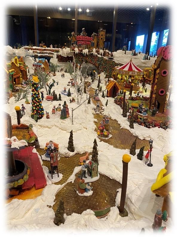 お菓子のクリスマスビレッジ_b0135948_06344209.jpg