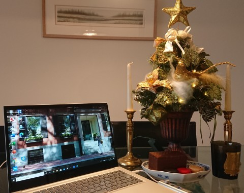 Happy holidays!! 今年一年SNSを賑わした英語_c0019088_09463751.jpg