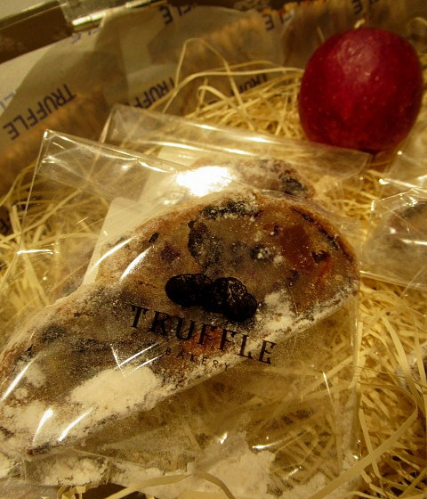 Truffle BAKERY 軽井沢 * クリスマスのトリュフベーカリー♪_f0236260_17573920.jpg