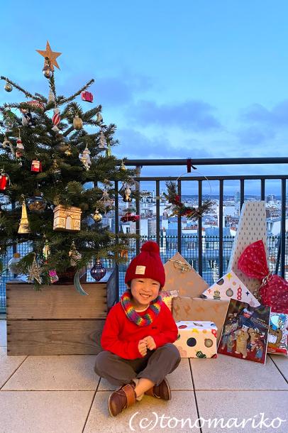 お正月モードの日本へ今更メリークリスマス!!_c0024345_23055398.jpg