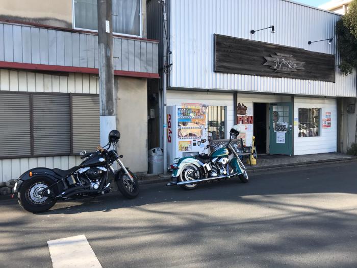本日のバイク!_f0194657_18553550.jpg