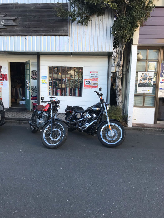本日のバイク!_f0194657_17562334.jpg