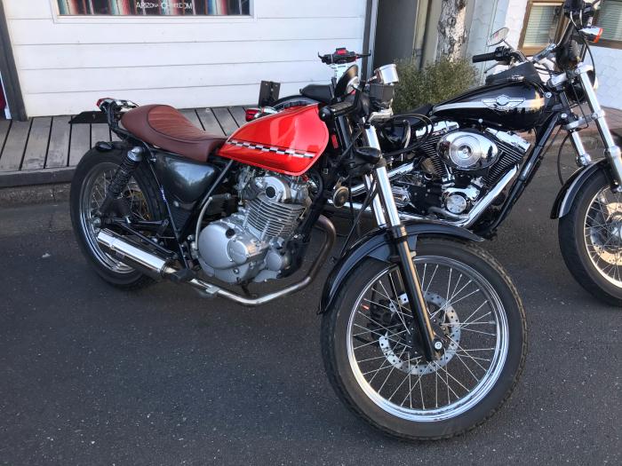 本日のバイク!_f0194657_17562795.jpg