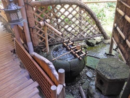 京都・今出川「西陣 鳥岩楼」へ行く。_f0232060_21234700.jpg