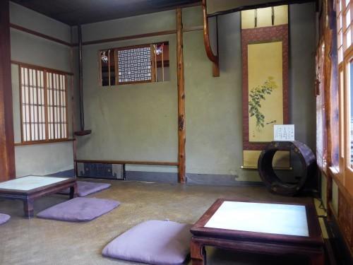 京都・今出川「西陣 鳥岩楼」へ行く。_f0232060_21250008.jpg