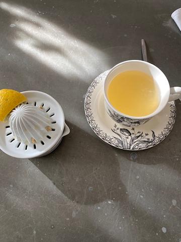 Le jaune citron : レモン色_f0038600_21265501.jpg