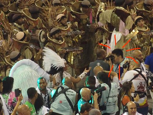 【ブラジルでの活動◉まとめアーカイヴ】リオのカーニバルこと、カルナヴァル・リオでの活動写真_b0032617_14420733.jpg