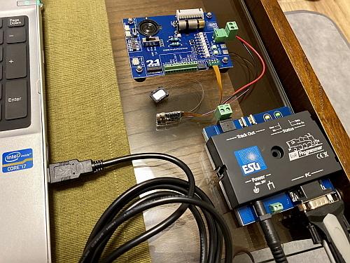 DCCデコーダアップグレード&オープンサウンドデータ化:TOMIX 285系「サンライズExp.」_f0037227_17342024.jpg