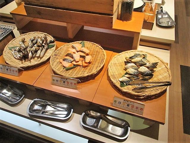 「湯沢グランドホテル」で朝食バイキング♪_c0169330_10052710.jpg