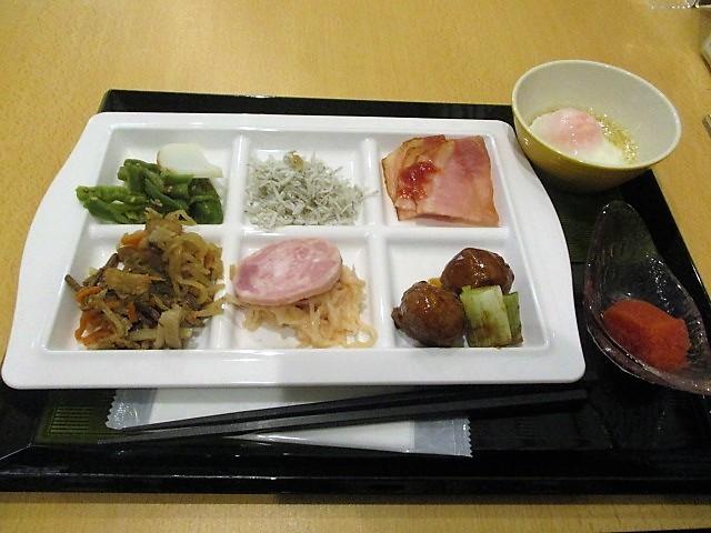 「湯沢グランドホテル」で朝食バイキング♪_c0169330_10083729.jpg