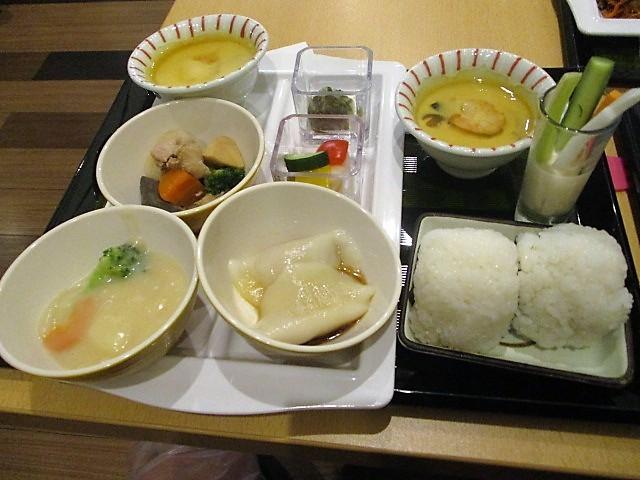 「湯沢グランドホテル」で朝食バイキング♪_c0169330_10091975.jpg