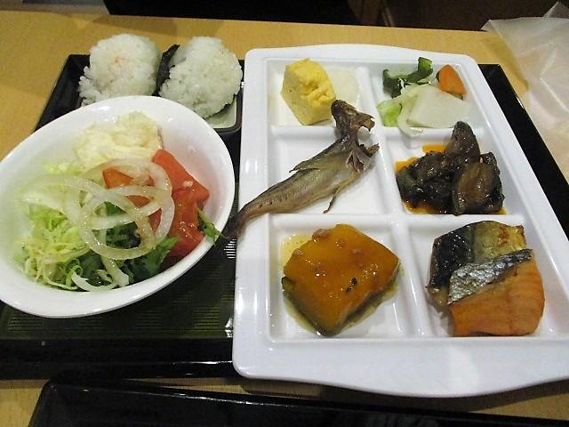 「湯沢グランドホテル」で朝食バイキング♪_c0169330_10094439.jpg