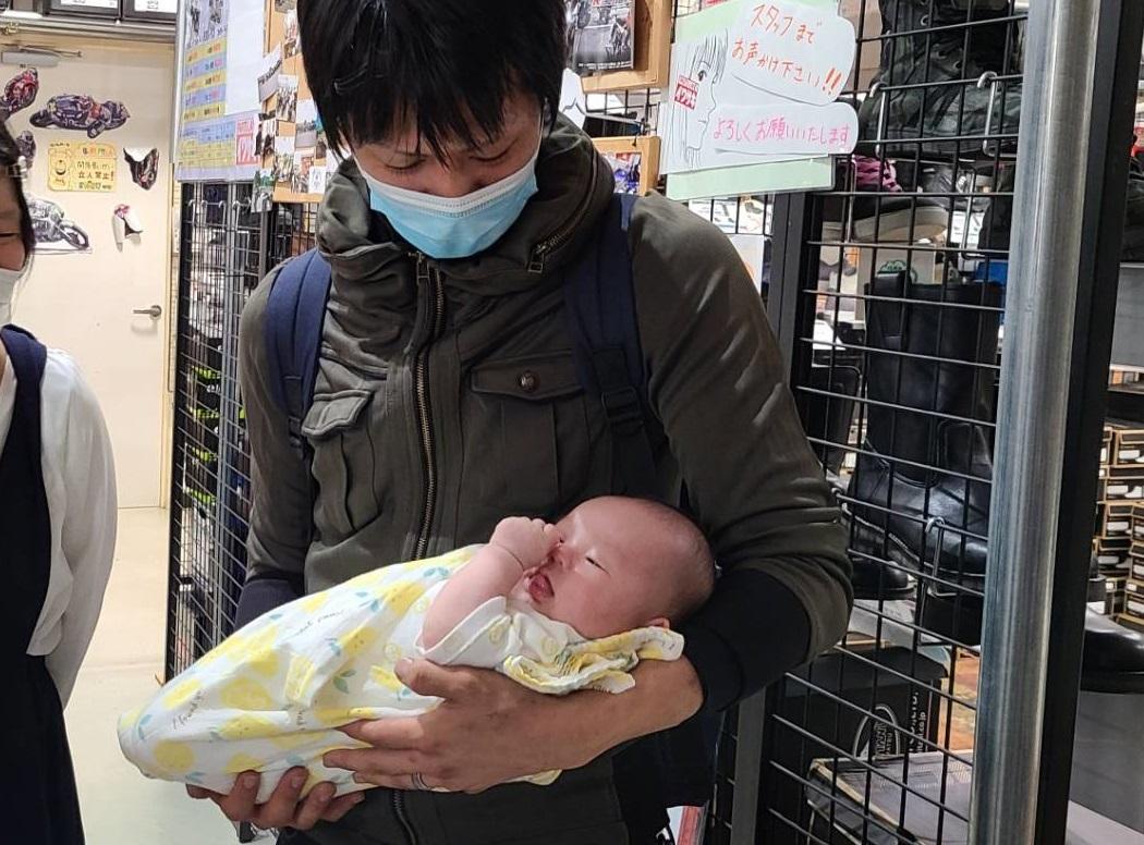 イワサキ松山店からご挨拶。_b0163075_08184402.jpg