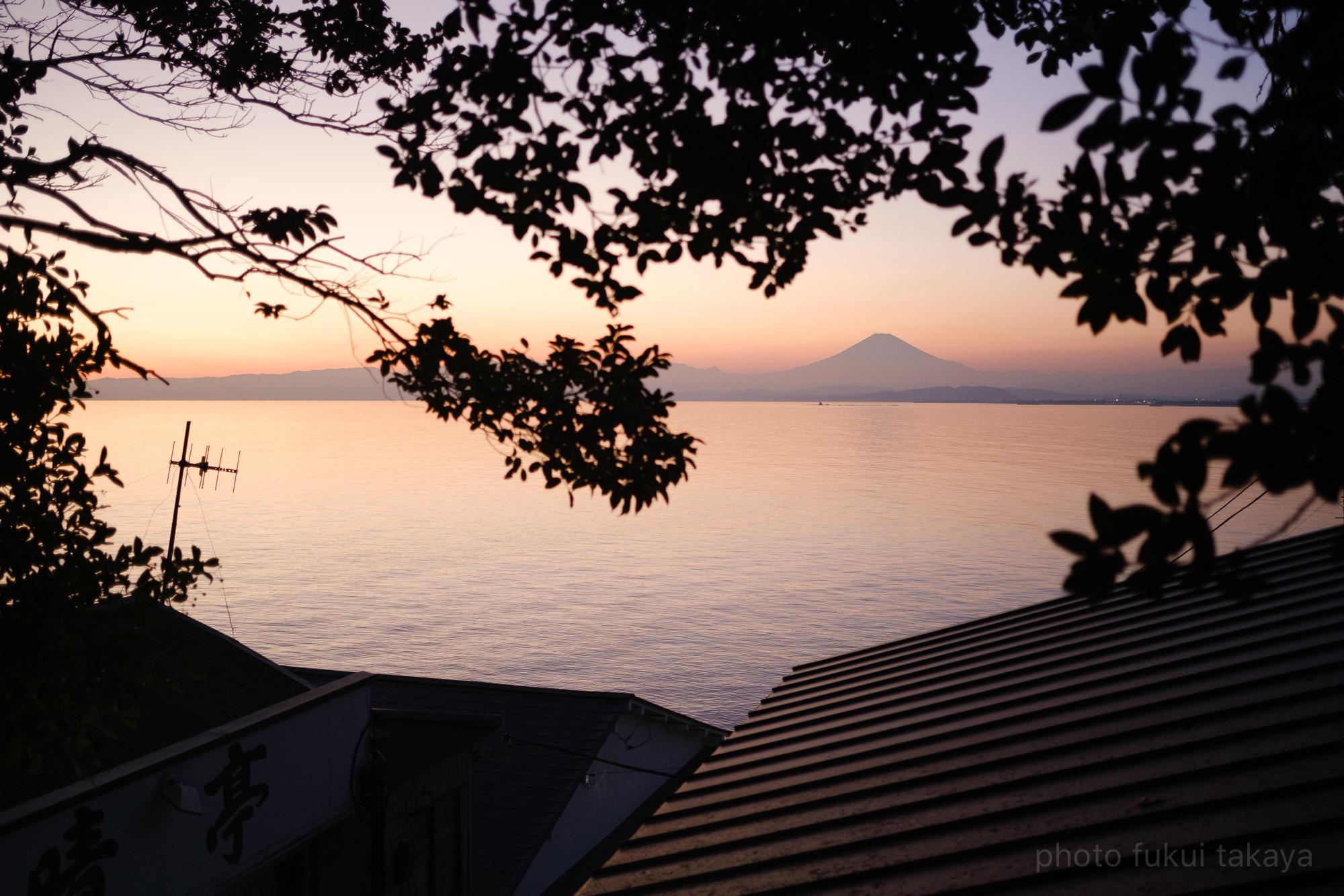 江ノ島より、富士山をのぞむ_e0044885_11314154.jpeg
