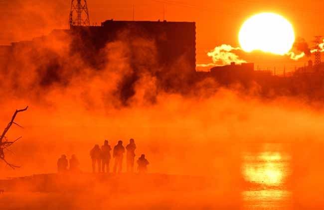 多摩川の川霧と初日の出_f0173596_08284777.jpg
