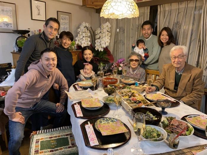 次男夫婦の家族と新年会_b0084241_21222856.jpeg
