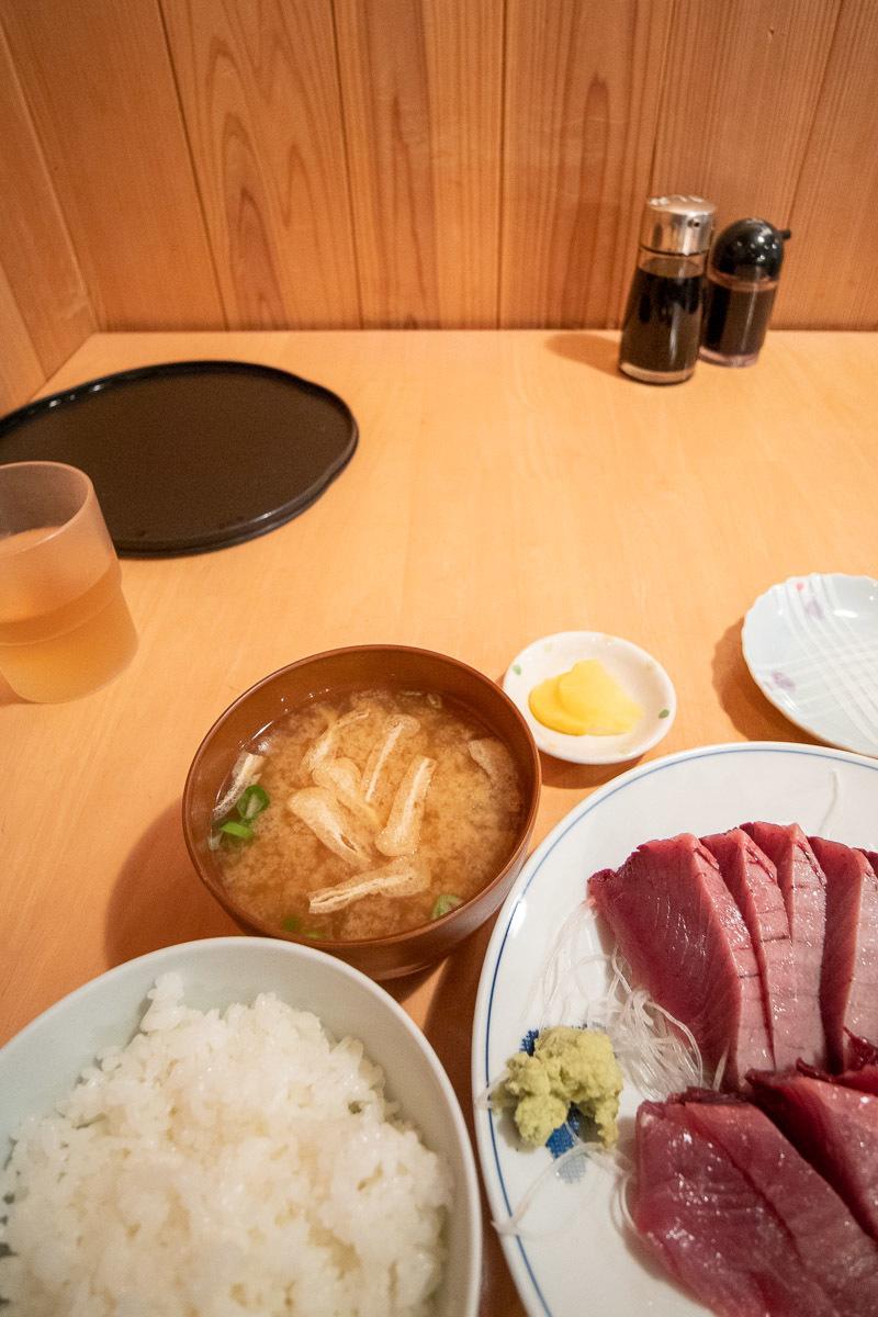 田中鮮魚店で、美味しい戻り鰹を食べる その1_a0077663_16564327.jpg
