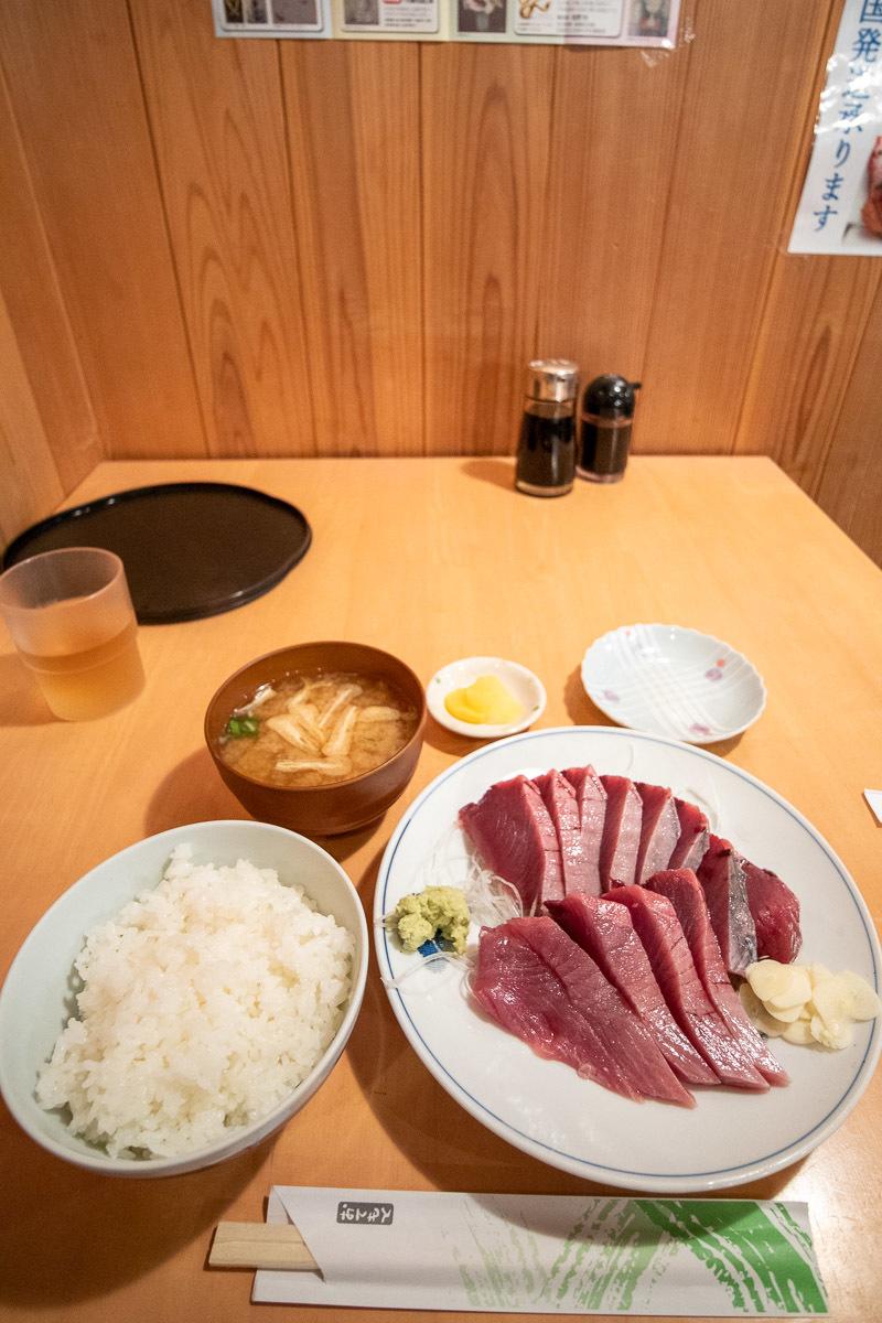田中鮮魚店で、美味しい戻り鰹を食べる その1_a0077663_16564328.jpg