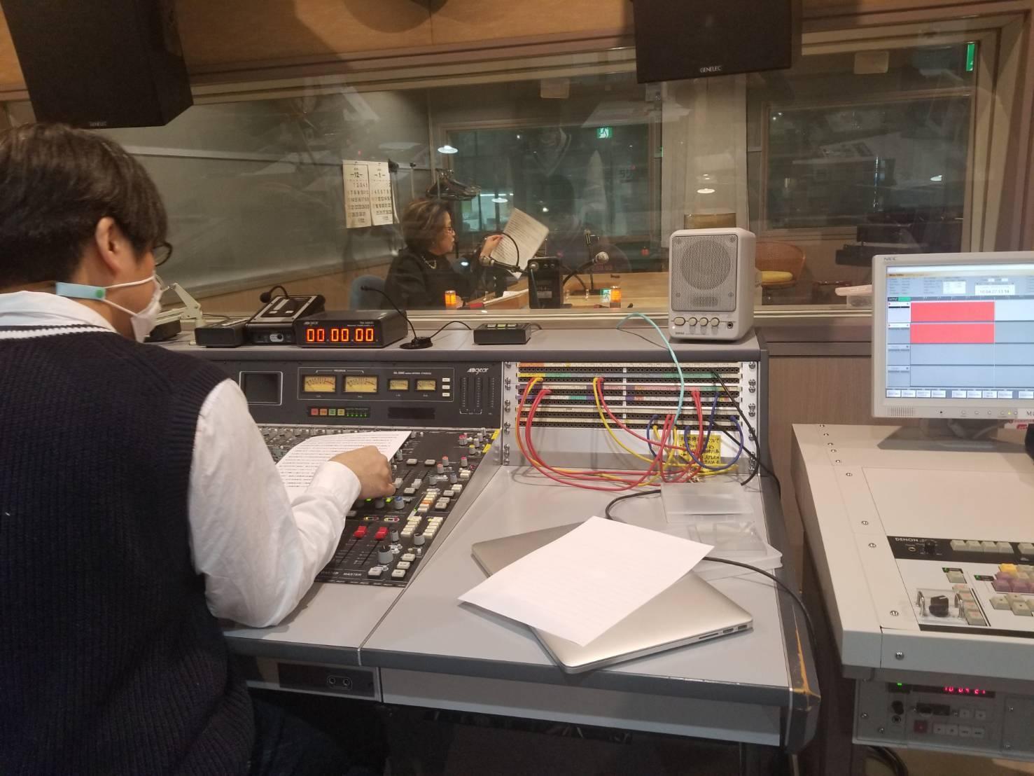 自粛・・ラジオはいかがでしょう~_d0103296_15535262.jpg