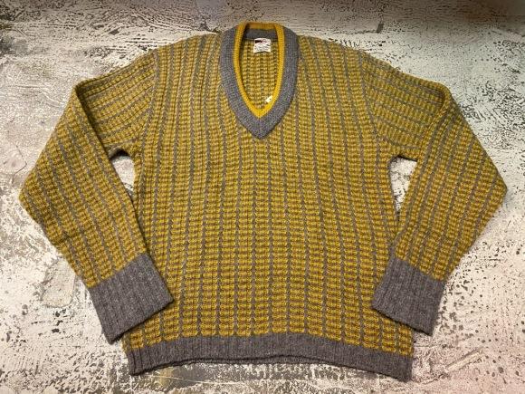 KnitSweater!! P.S)本日、1月5日(火)は定休日です!(マグネッツ大阪アメ村店)_c0078587_20585646.jpg